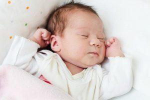 علاج الصفراء عند الاطفال حديثى الولادة